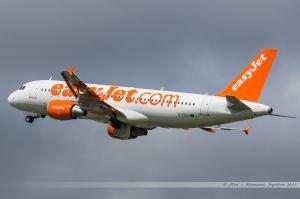 Airbus A320 (G-EZUU) Easyet UK