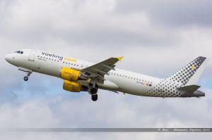 Airbus A320 (EC-HQJ) Vueling