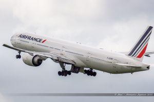 Boeing B777-300 (F-GZNF) Air France