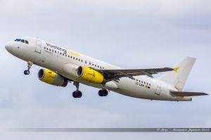 Airbus A320 (EC-LQM) Vueling
