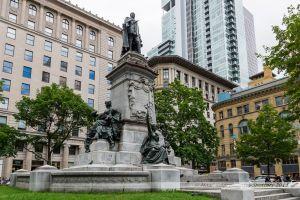 Square Phillips et sa statue en hommage au Roi Edouard VII