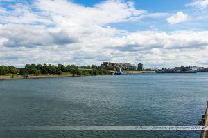 Parc de la Cité du Havre, presqu'île au coeur de la ville, avec le nouveau port de la ville, sur le Saint Laurent