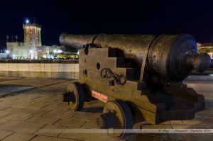 Canon restauré sur les quais face à la Tour d'Arundel
