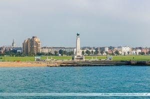 Portsmouth Naval Memorial vu depuis la mer