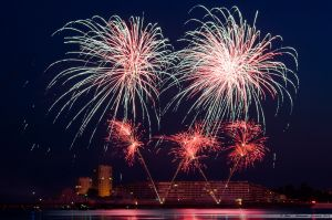 Feu d'artifices 2013 dans la baie des Sables d'Olonne