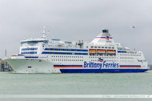 Le Normandie de la Brittany Ferries, quittant Portsmouth pour Ouistreham