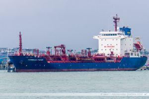 Cumbrian Fisher ammaré dans le port de Portsmouth