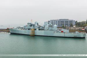 HMS Bristol - D23, Destroyer de la Royal Navy dans le port militaire de Portsmouth