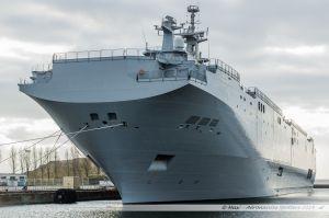 Le BPC russe Vladivostok dans la forme Joubert en attendant l'autorisation de livraison pour en sortir et gagner le large