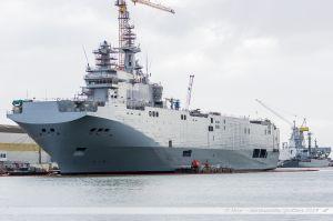 Le BPC russe Sebastopol en cours de construction aux chantiers navals de Saint Nazaire