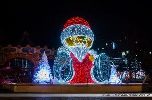 Les Lumières de Laval 2014 - Père Noël dans la fontaine de la place du 11 Novembre