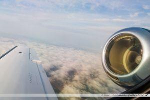 Vu du Ciel : Lever du jour au dessus de la couche nuageuse surplombant les vignes près de Clisson