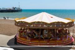 Manège sur la plage face au Brighton Pier