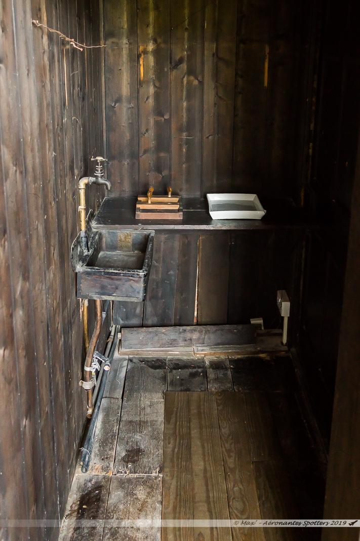 Hauteville House - L'atelier avec son cabinet noir photographique