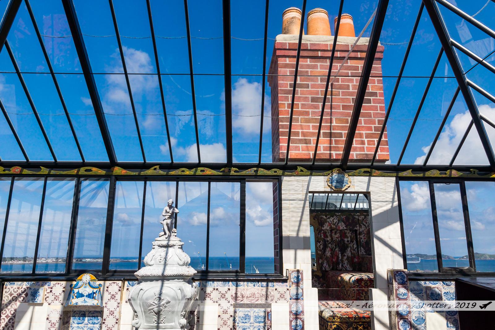 Hauteville House - Look-out, où Victor Hugo composait (3e étage)