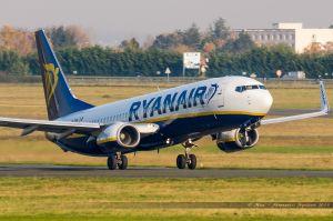 Boeing B737-800 (EI-DHN) Ryanair