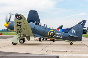 Hawker Sea Fury T.20 ( VX281/VL-120) Royal Navy