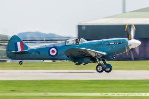 Supermarine 389 Spitfire PR19 (PS915) Battle of Britain Memorial Flight