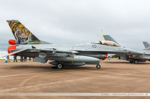 """Lockheed Martin F-16AM Fighting Falcon (671) Royal Norwegian Air Force """"NATO Tiger special c/s"""""""