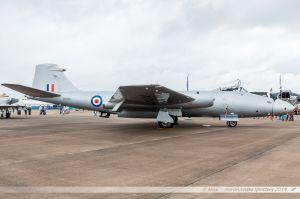 English Electric Canberra PR.9 (G-OMHD/XH134) Midair Squadron