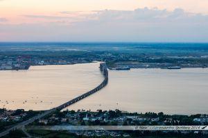 Saint Nazaire, ses chantiers, son pont, ses ports