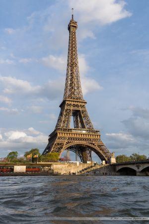 La Tour Eiffel depuis les quais de Seine