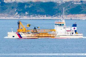 Drague Gambe d'Amfard quittant le port du Havre