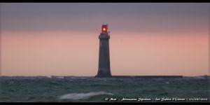 Le phare des Barges, se dressant face à la Paracou