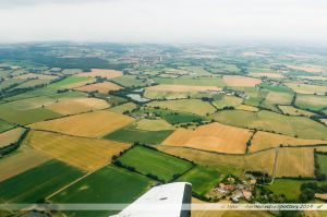 Vu du Ciel : Les champs de cultures maraîcheres et céréalières vers Le May-sur-Èvre